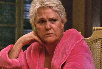 Photo of Burn Notice character Madeline Westen played by Sharon Gless